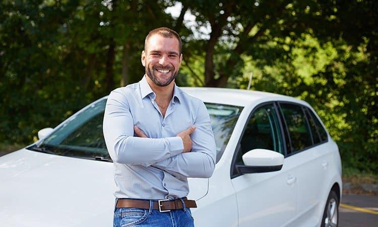 A Loumar Turismo tem uma equipe de motoristas especialista em atender grupos e privativos.