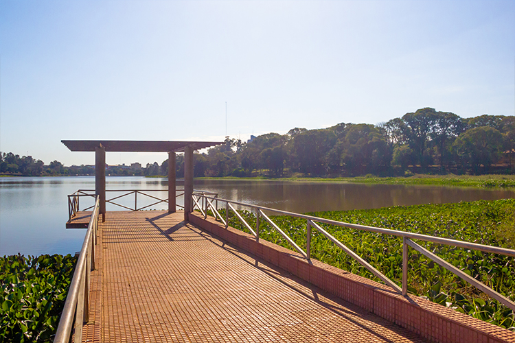 City Tour Ciudad Del Este: Lago da República, lugar de lazer e distração para os esteños.